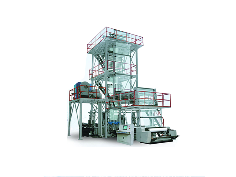 Three-layer co-extruded high-yield energy-saving blown film production line